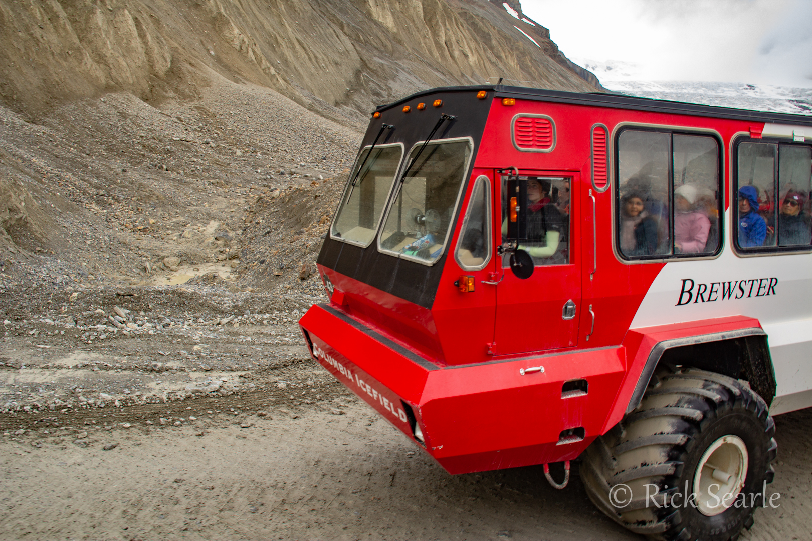 Snocoach Icefields