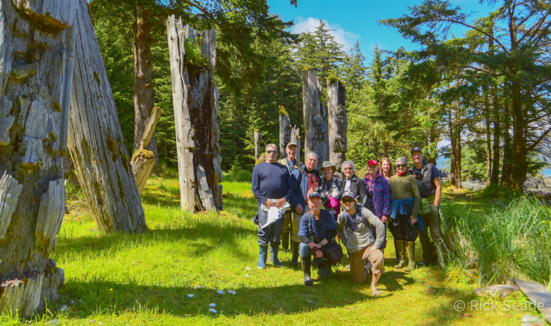 Group photo at SG̱ang Gwaay (Anthony Island) in Gwaii Haanas National Park